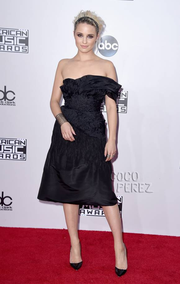 amas-american-music-awards-2014-dianna-agron-red-carpet__oPt