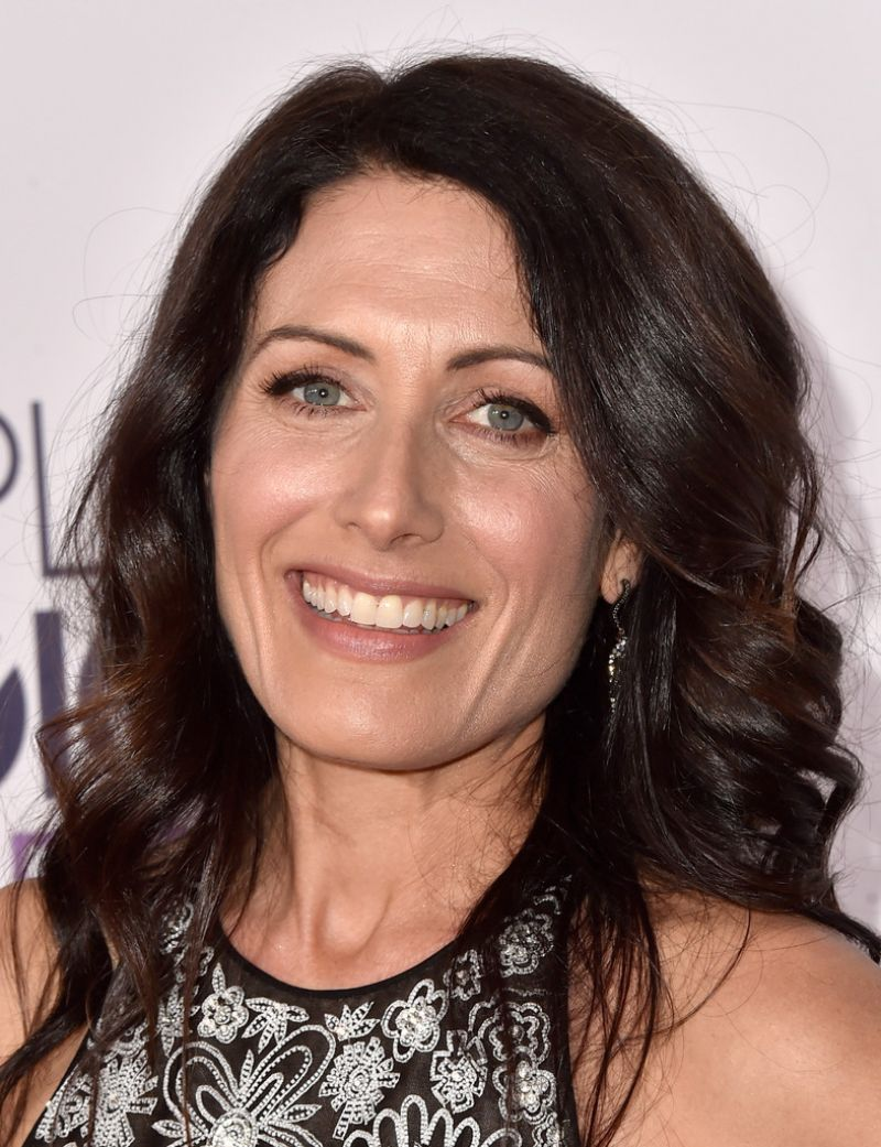 lisa-edelstein-at-2015-people-s-choice-awards-in-los-angeles_2