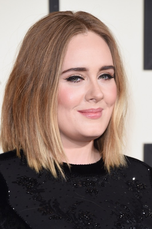 ClioMakeUp-Grammys-Red-Carpet-star-capelli-Makeup-trucco-2016-Adele